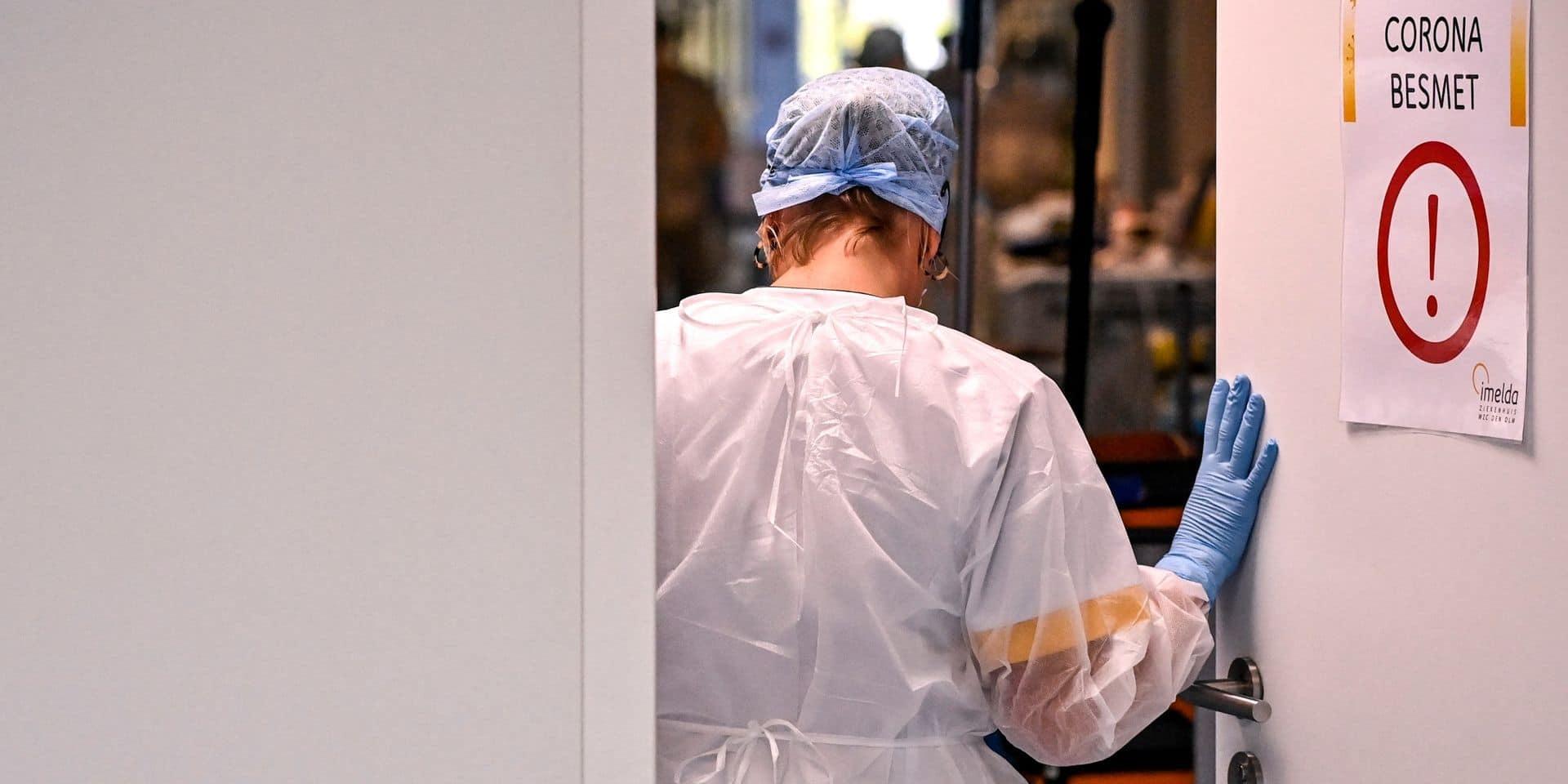 Coronavirus en Belgique : la moyenne quotidienne des nouvelles contaminations reste en forte hausse