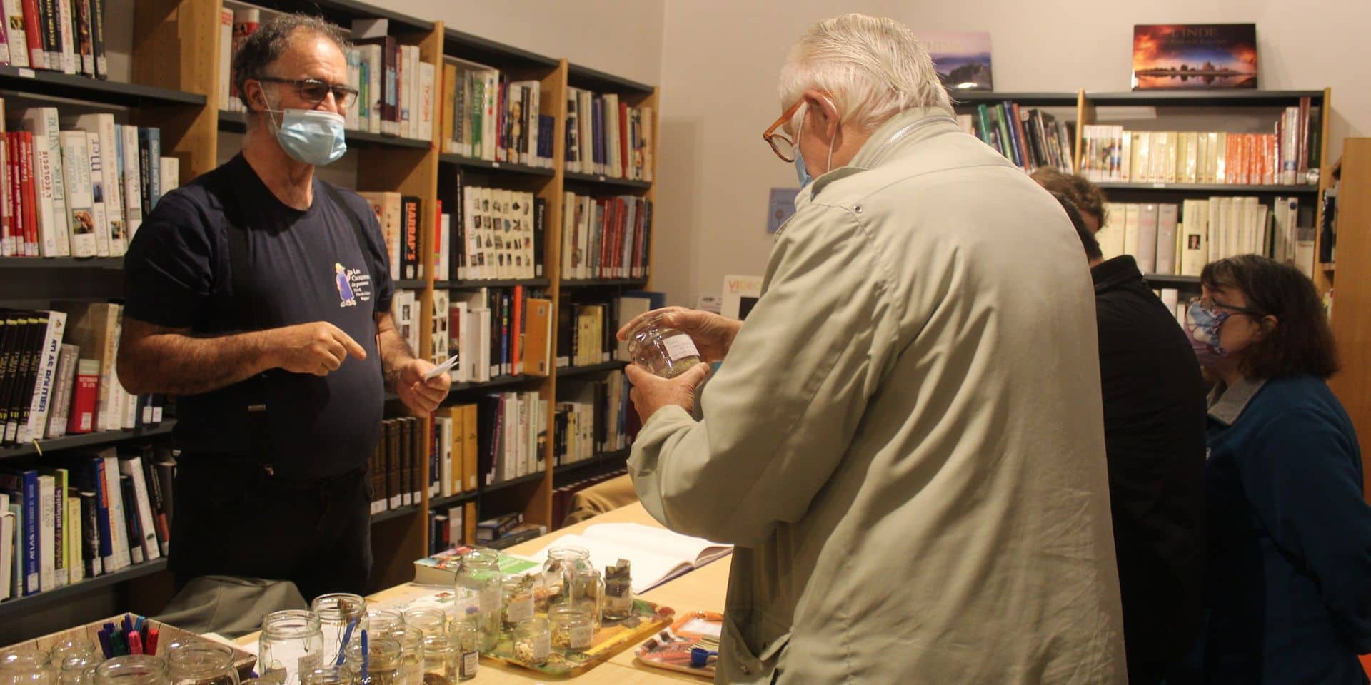 La bibliothèque de Fontaine-L'Evêque ouvre sa grainothèque
