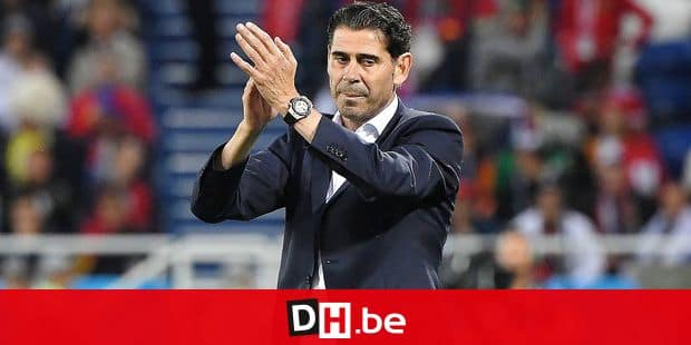 (FILES) In this file photo taken on June 25, 2018 Spain's coach Fernando Hierro applauds during the Russia 2018 World Cup Group B football match between Spain and Morocco at the Kaliningrad Stadium in Kaliningrad on June 25, 2018. Fernando Hierro, who stood in as Spain coach when Julen Lopetegui was sacked on the eve of the World Cup, will not continue in the role, the Spanish football federation said on July 8, 2018. / AFP PHOTO / Patrick HERTZOG / RESTRICTED TO EDITORIAL USE - NO MOBILE PUSH ALERTS/DOWNLOADS