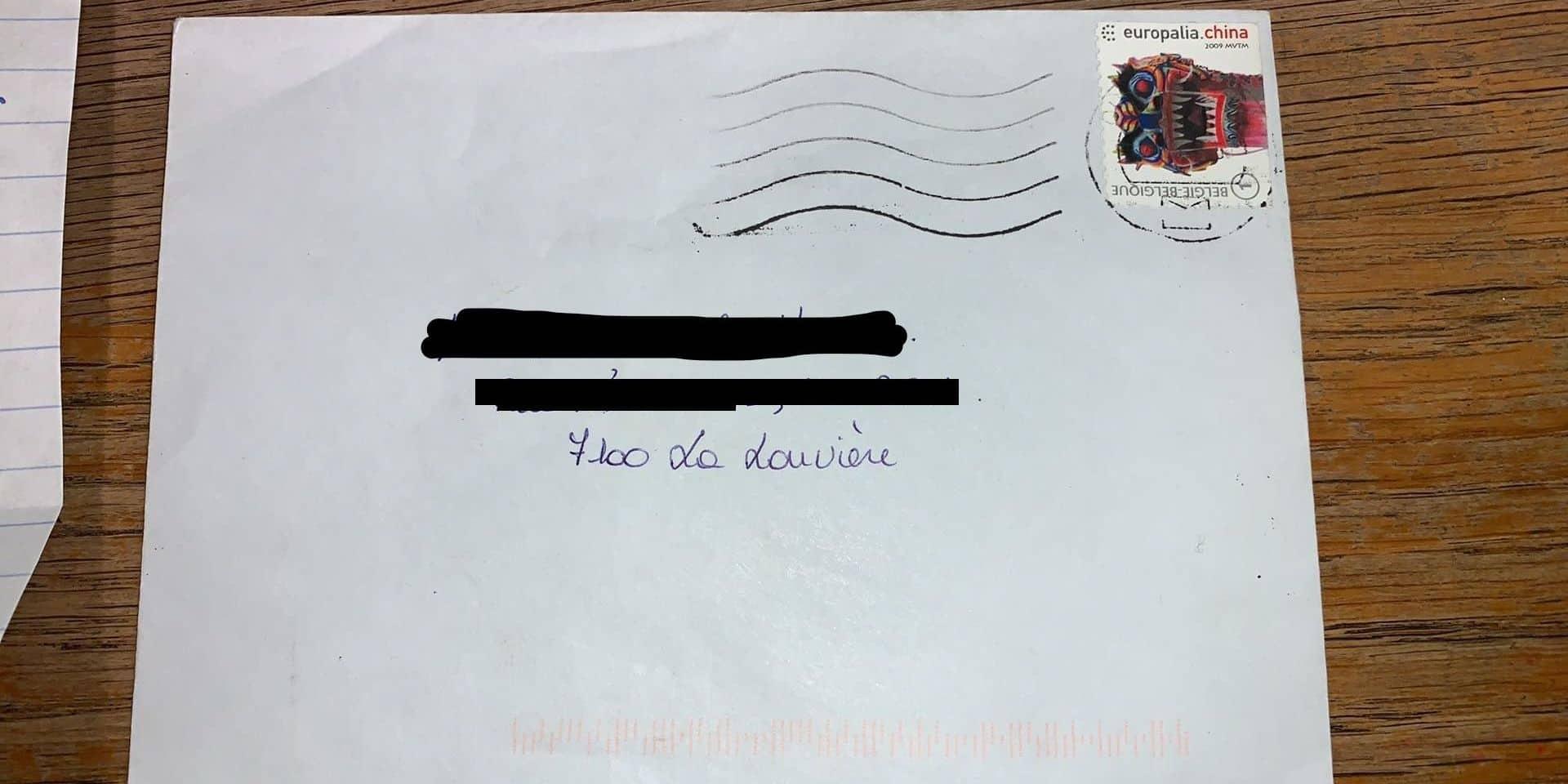 Incroyable: Jacqueline a mis onze ans pour recevoir la lettre de son petit-fils!