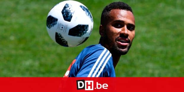 Sweden's forward Isaac Kiese Thelin attends a training session on June 14, 2018 at Spartak stadium in Gelendzhik, ahead of the Russia 2018 World Cup football tournament. / AFP PHOTO / Jonathan NACKSTRAND