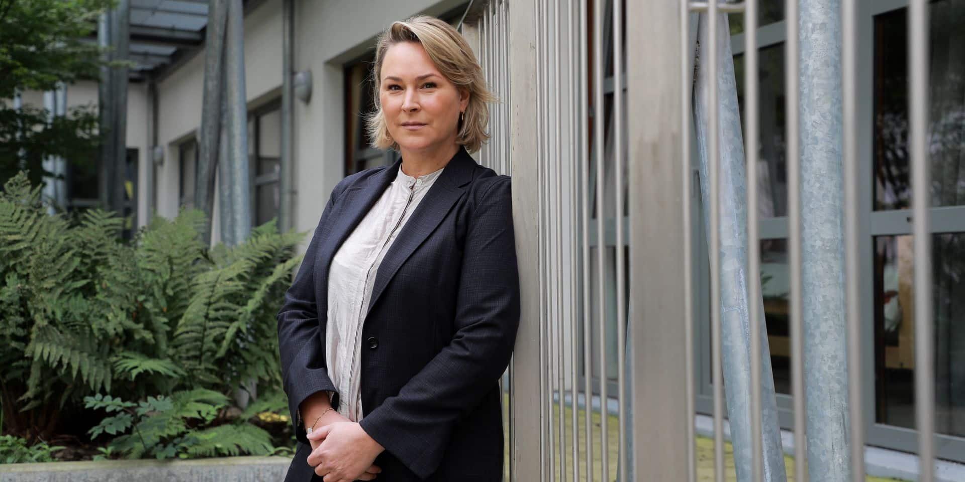 """Campagne de vaccination à Bruxelles : """"Nous n'avons pas de feuille de route spécifique pour les personnes handicapées"""", regrette Céline Fremault (CDH)"""