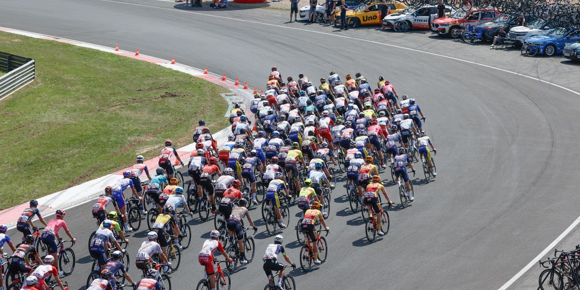"""""""Tu as fait chauffer les pneus ?"""": les coureurs du Tour de Wallonie se sont amusés sur le circuit de Zolder"""