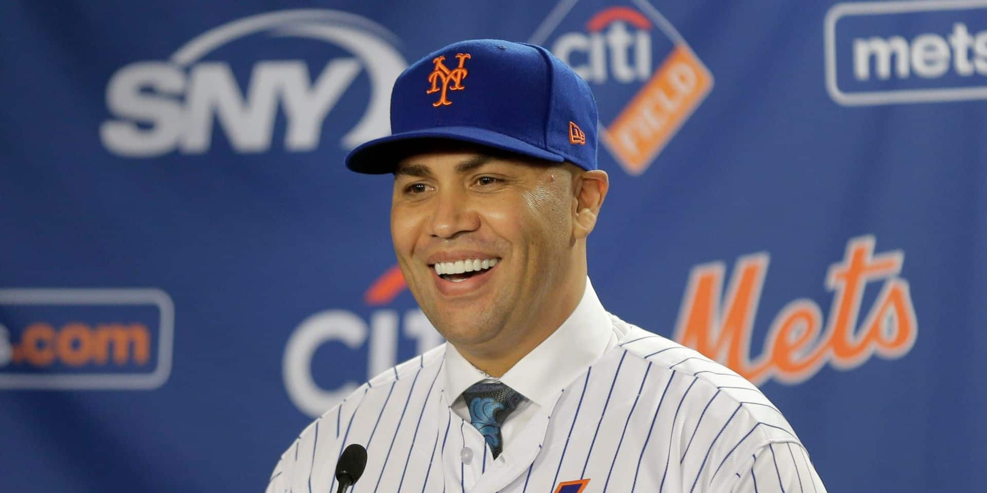 Le manager des New York Mets également licencié dans le scandale d'espionnage