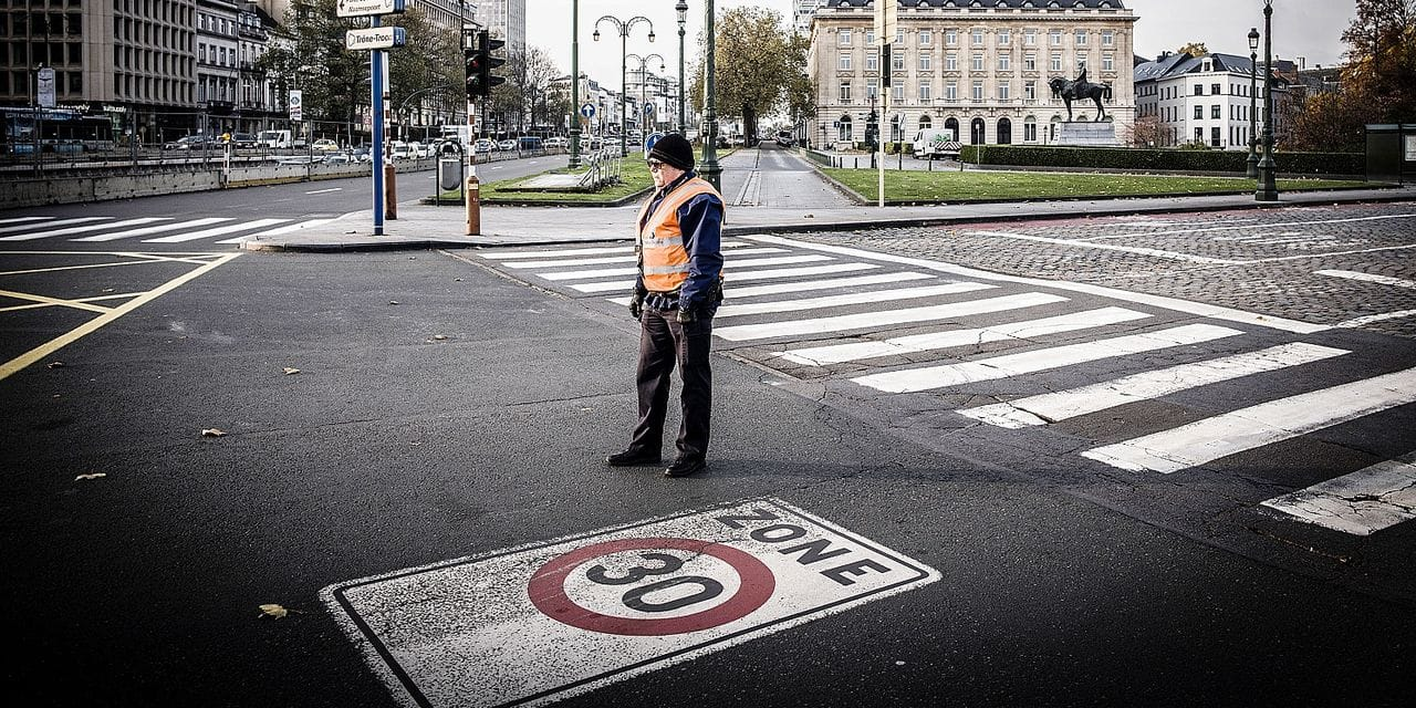 20171122 - BELGIQUE, BRUXELLES: Illustration zone 30 kmh, le 22 novembre 2017. PHOTO OLIVIER PAPEGNIES / COLLECTIF HUMA