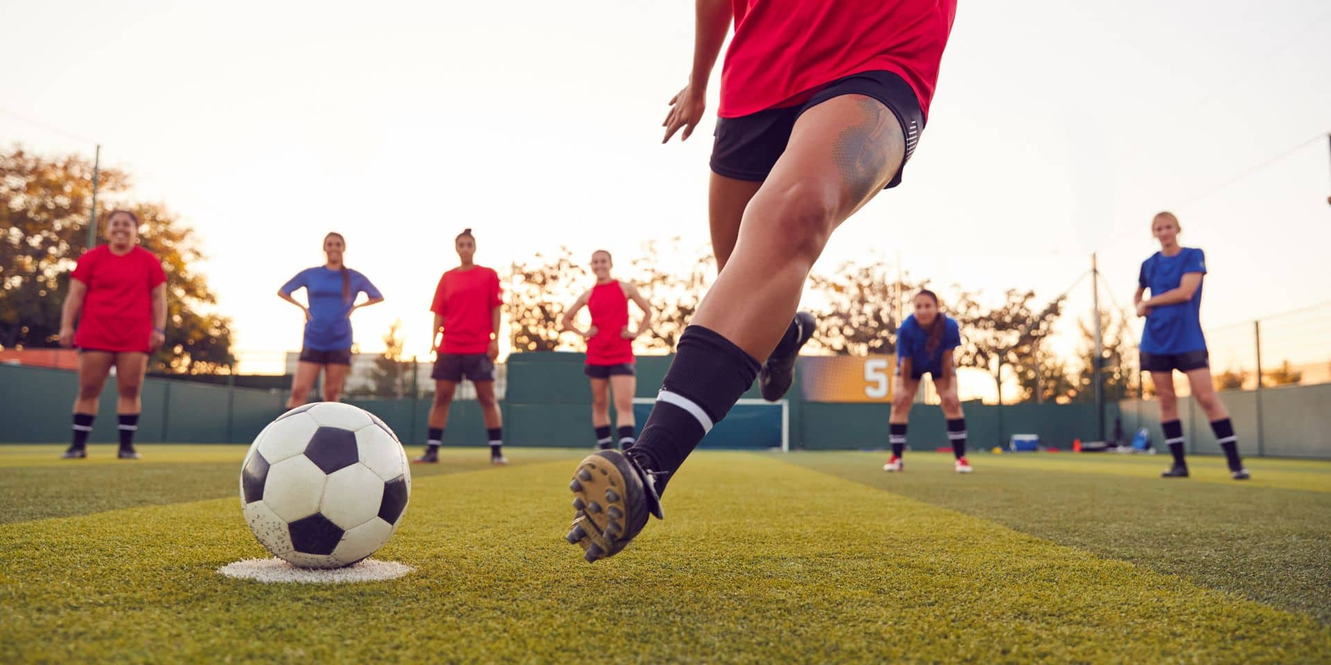 Close,Up,Of,Player,Taking,Penalty,During,Womens,Soccer,Match