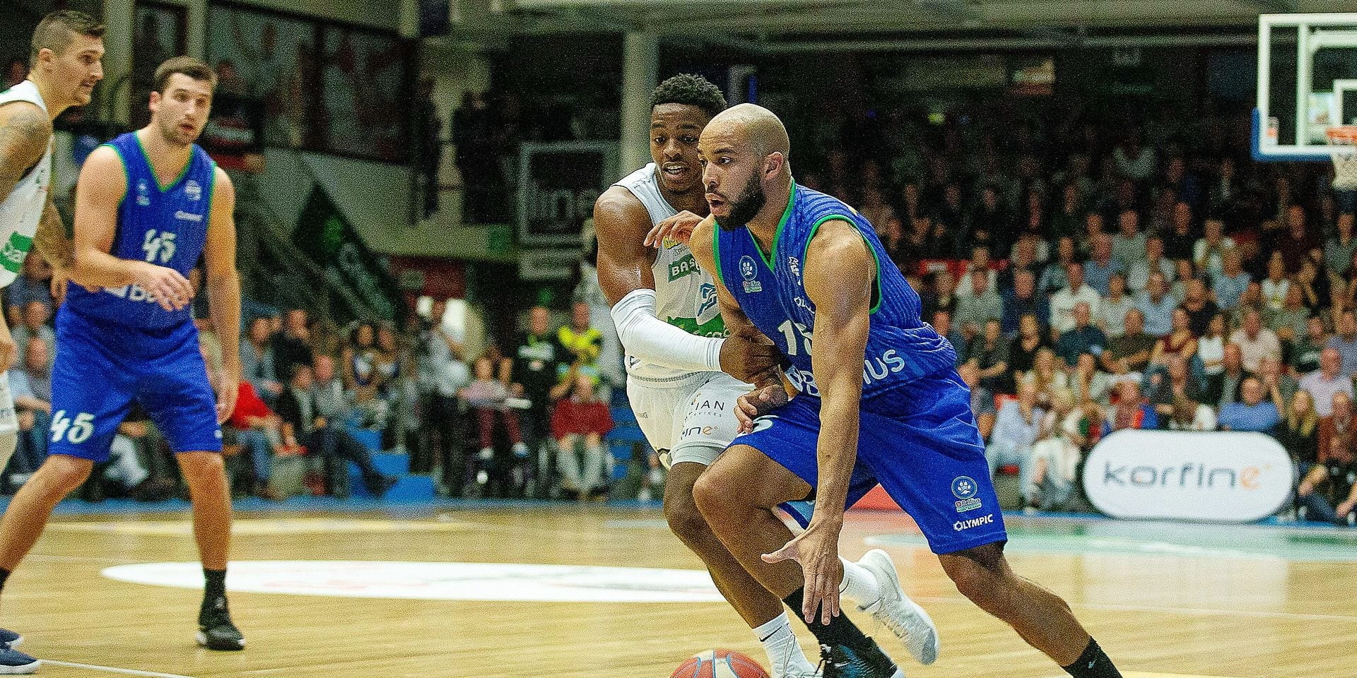 Mons' Idris Lasisi pictured in action during the basketball match between Okapi Aalstar and Mons-Hainaut, Friday 28 September 2018 in Aalst, the first game of the 'EuroMillions League' Belgian first division. BELGA PHOTO JAMES ARTHUR GEKIERE