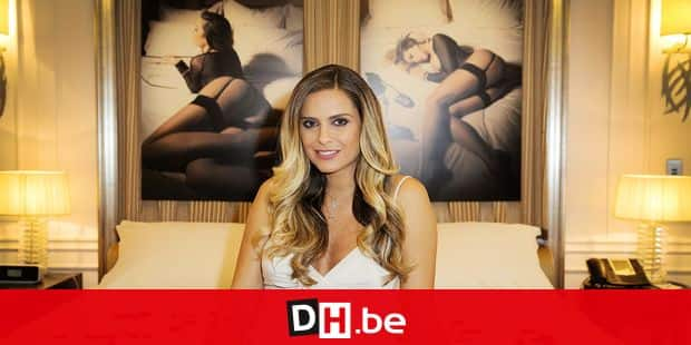 Clara Morgane launches her new calendar 'Clara Morgane 2016' at Majestic Hotel in Paris, France on September 24, 2015. Photo by Jerome Domine/ABACAPRESS.COM Reporters / Abaca