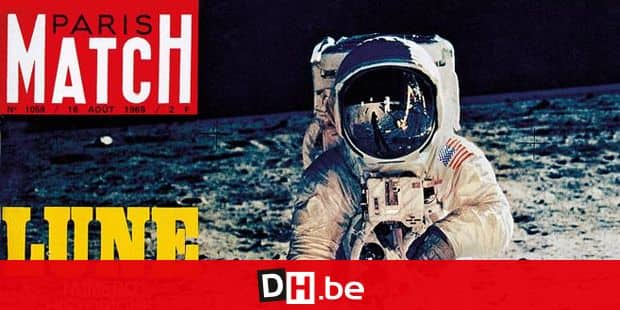 Couverture du PARIS MATCH n°1058 du 16 août 1969 : les premiers pas historiques sur la lune du cosmonaute Eldwin ALDRIN, photographié par son coéquipier Neil ARMSTR