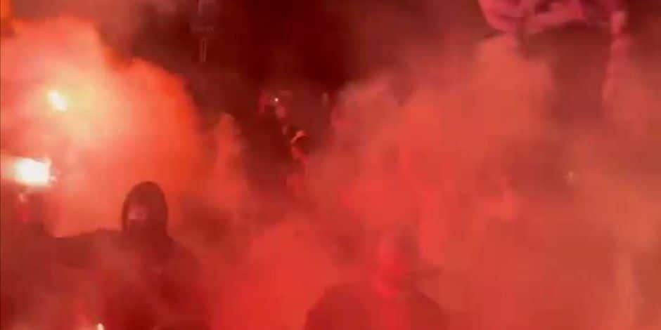 250 supporters d'Anderlecht ont accueilli les Mauves à Neerpede: voici pourquoi la police n'est pas intervenue