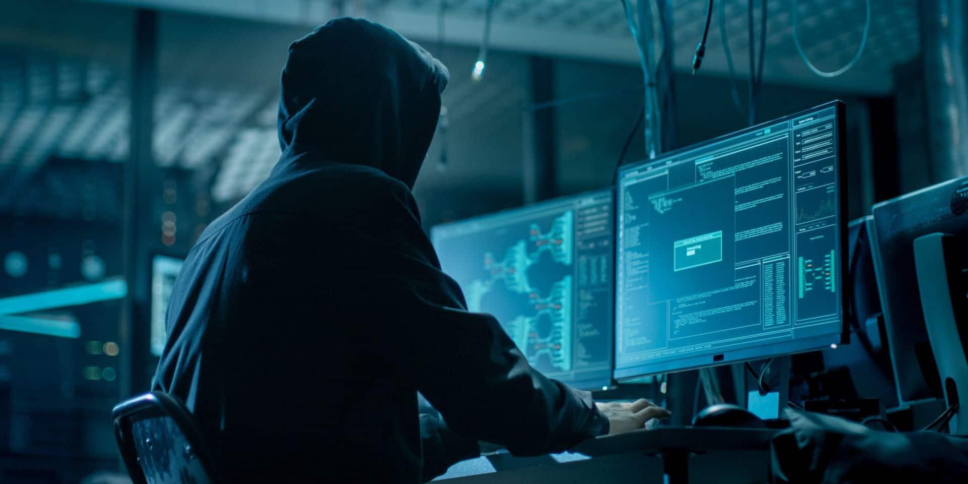 Des pirates informatiques russes et nord-coréens ciblent les vaccins anti-Covid, avertit Microsoft