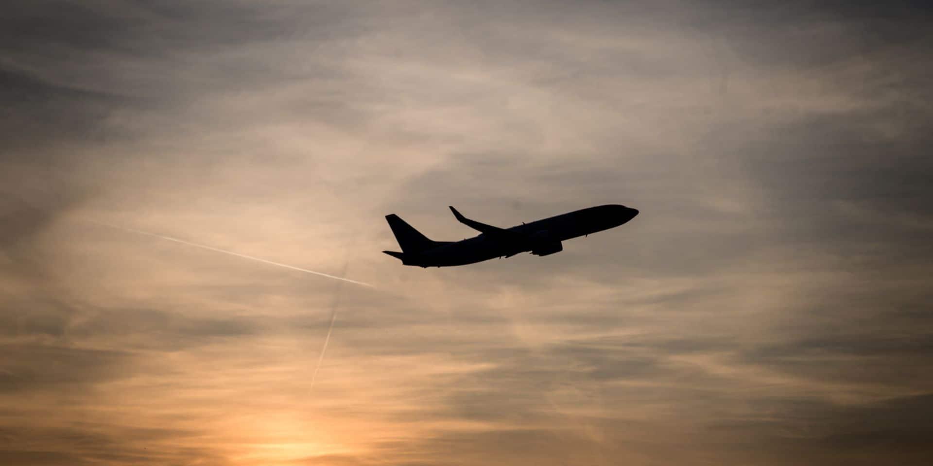 Les prix des billets d'avion ont décollé