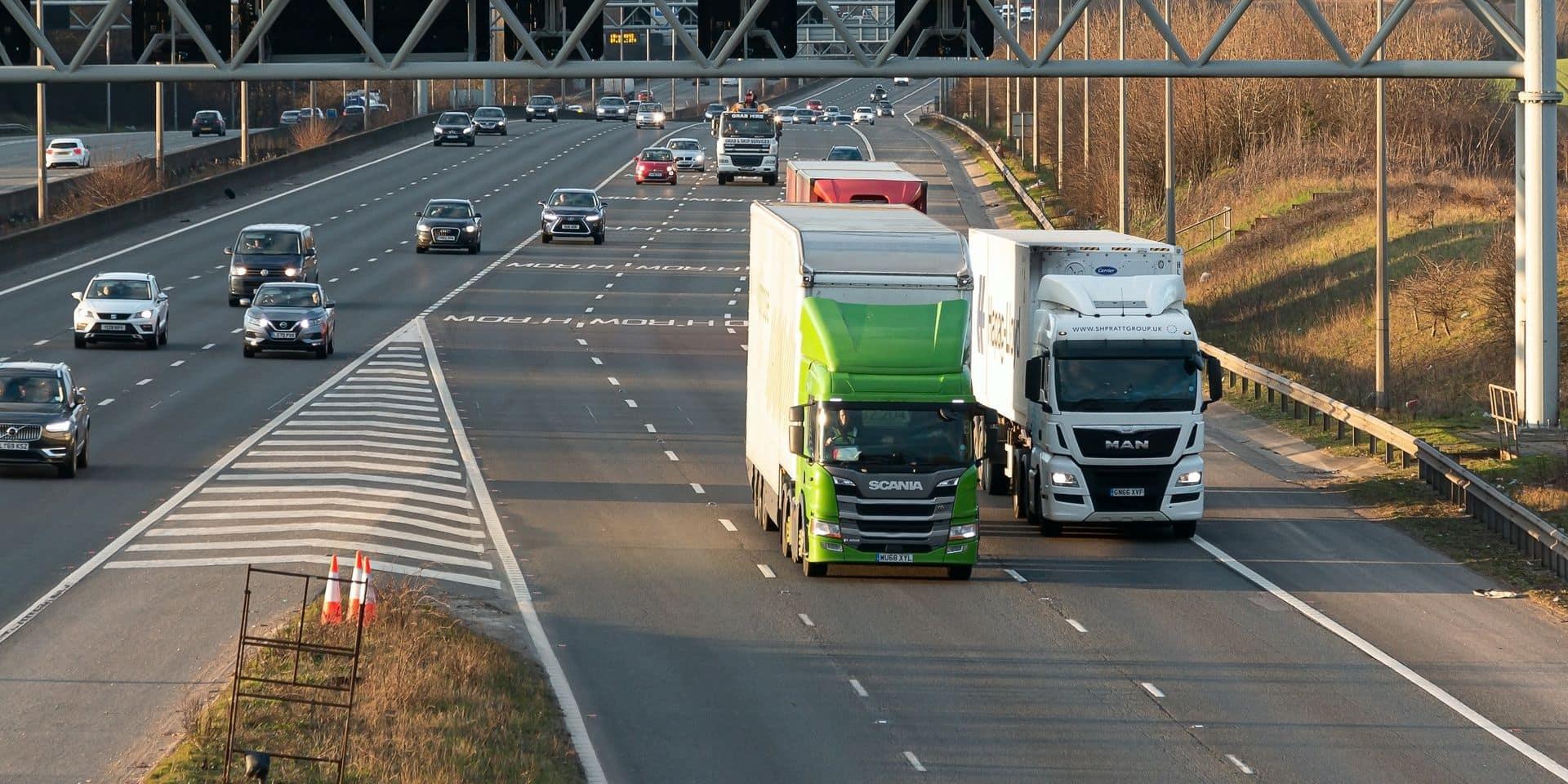 Le Royaume-Uni va interdire les camions polluants pour 2040