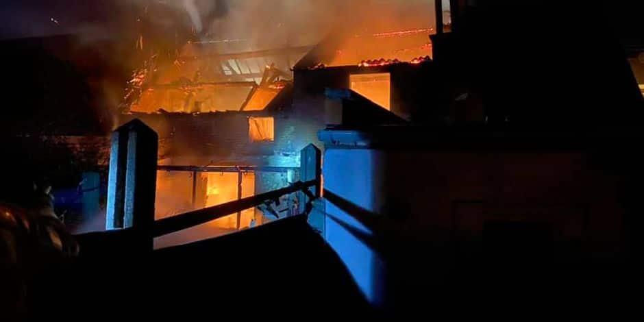 Terrible incendie à Thulin: trois maisons détruites