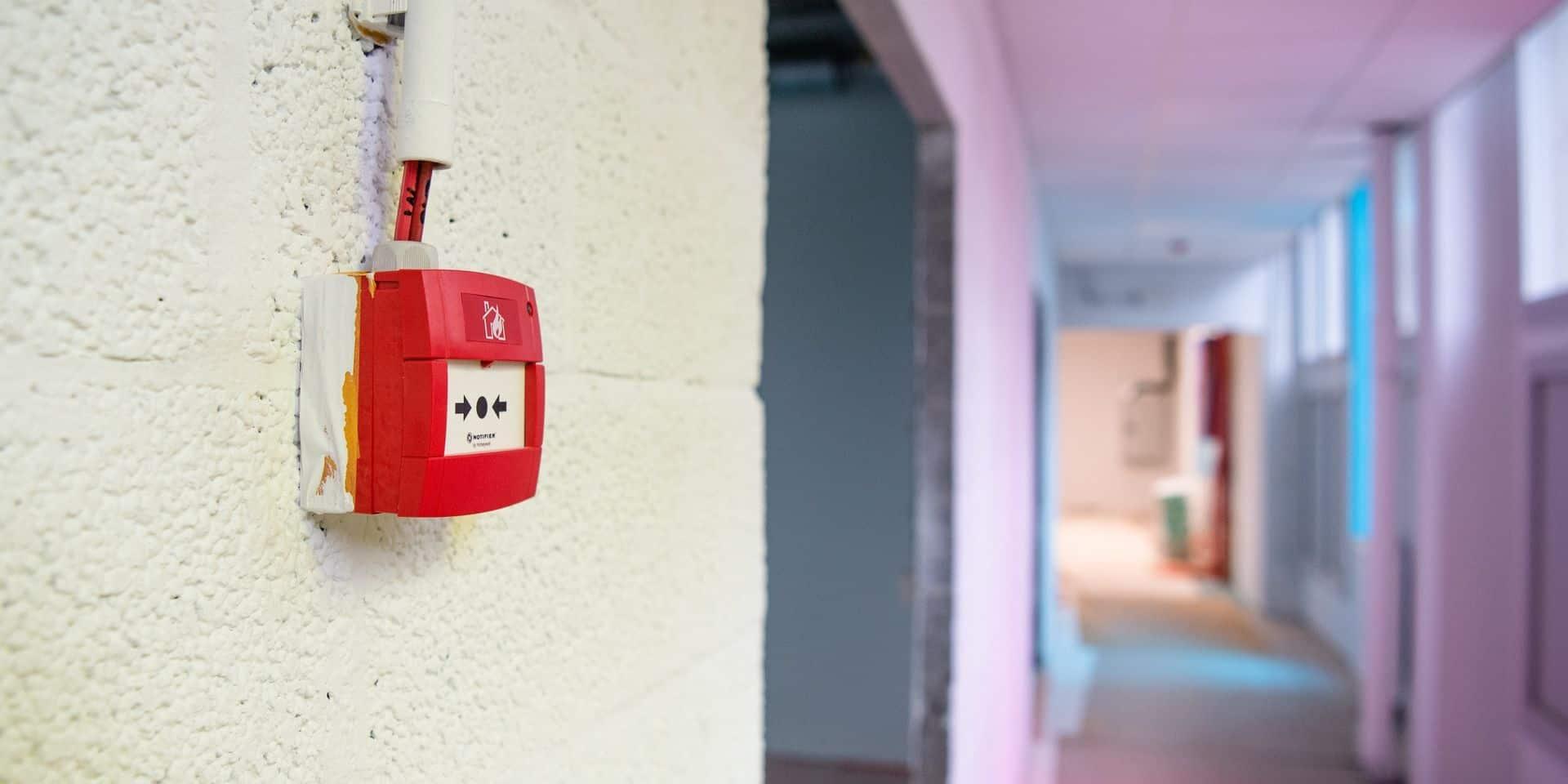 Toits non isolés, absence de double vitrage... L'état des bâtiments scolaires en FDW inquiète