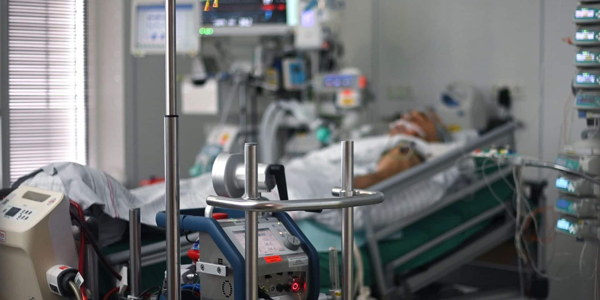 En cas de saturation des hôpitaux, quels patients doivent être soignés en priorité?