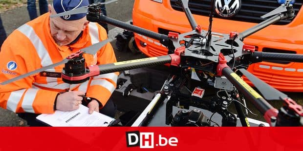 Drone police constat 3D vol accident route routier agent pilote