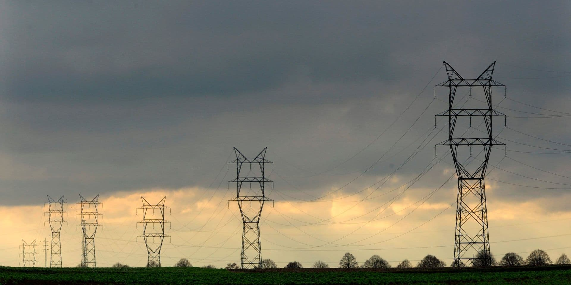 Le tracé de la future autoroute électrique se précise : 14 communes du Hainaut seront traversées