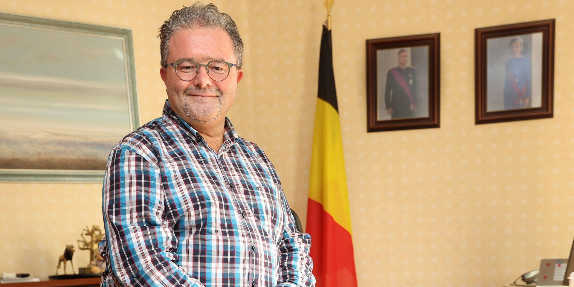 """Les conseillers de l'opposition à Berchem laissent """"toutes ses chances"""" au nouveau bourgmestre"""