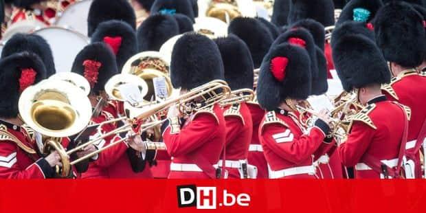 """Quand la garde royale britannique interprète """"Bohemian Rhapsody"""""""