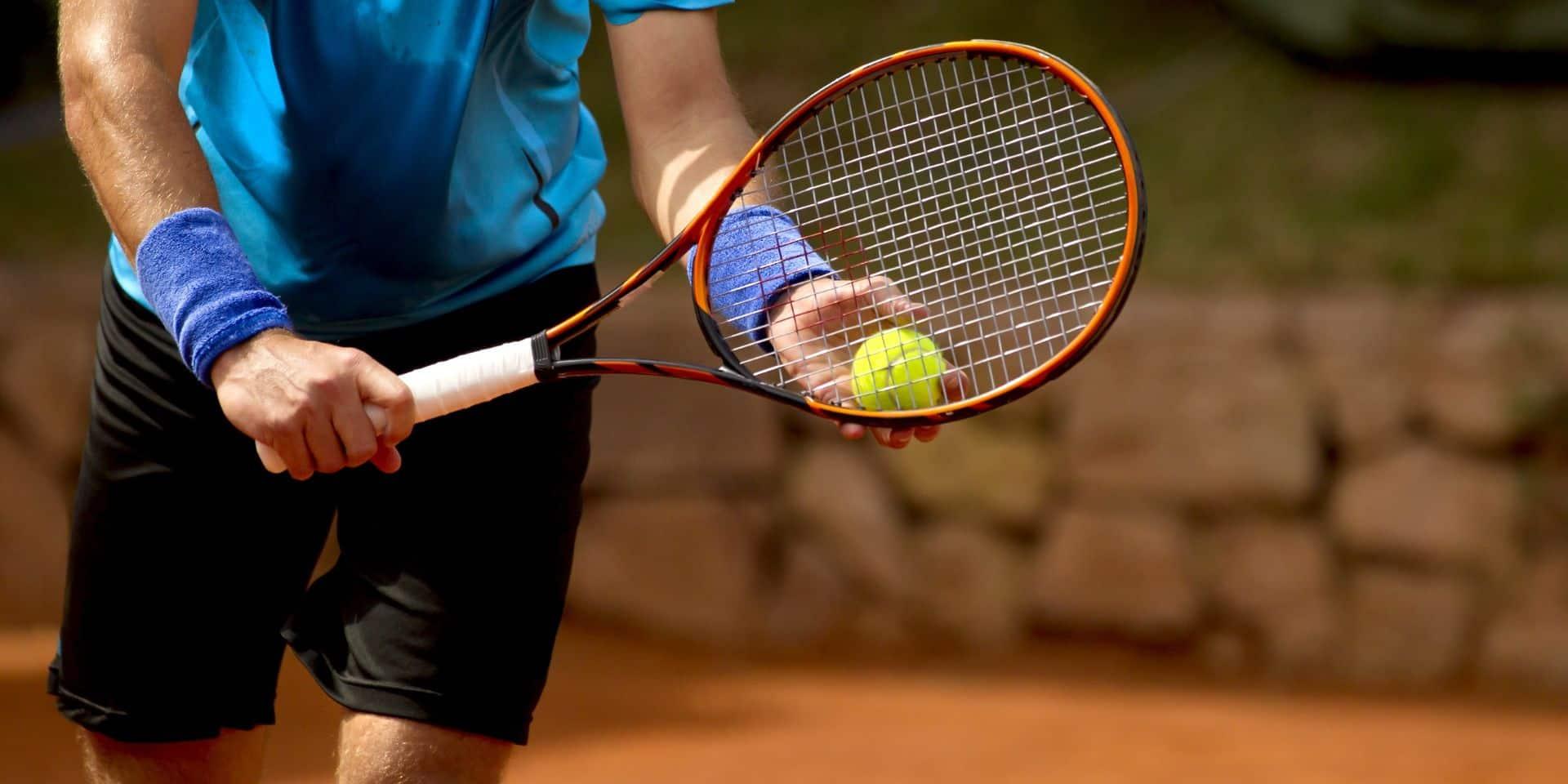 Matteo Berrettini remporte l'Ultimate Tennis Showdown en battant Tsitsipas en finale