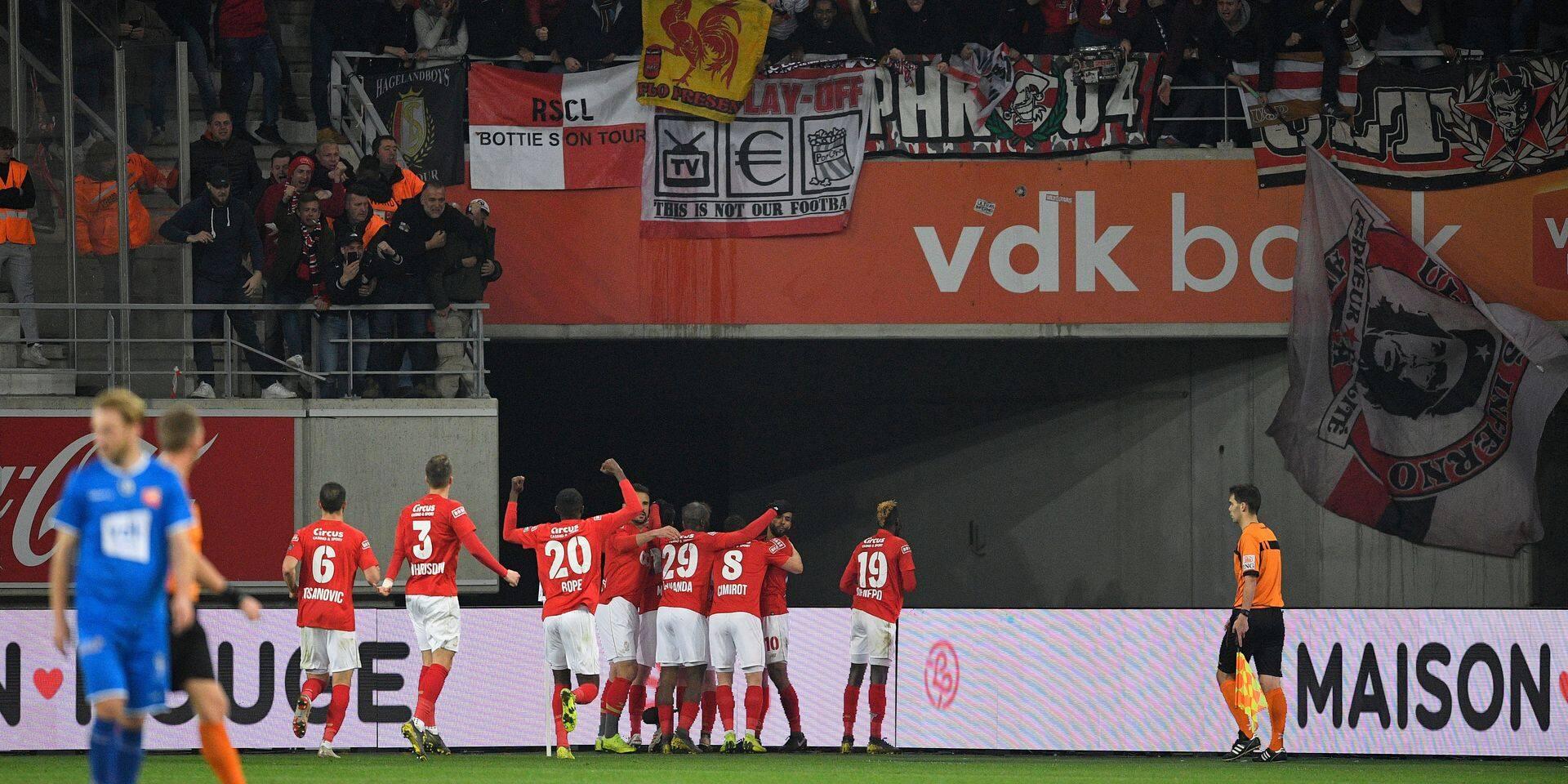 Le Standard s'impose à Gand et revient à deux points de Genk ! (1-2)