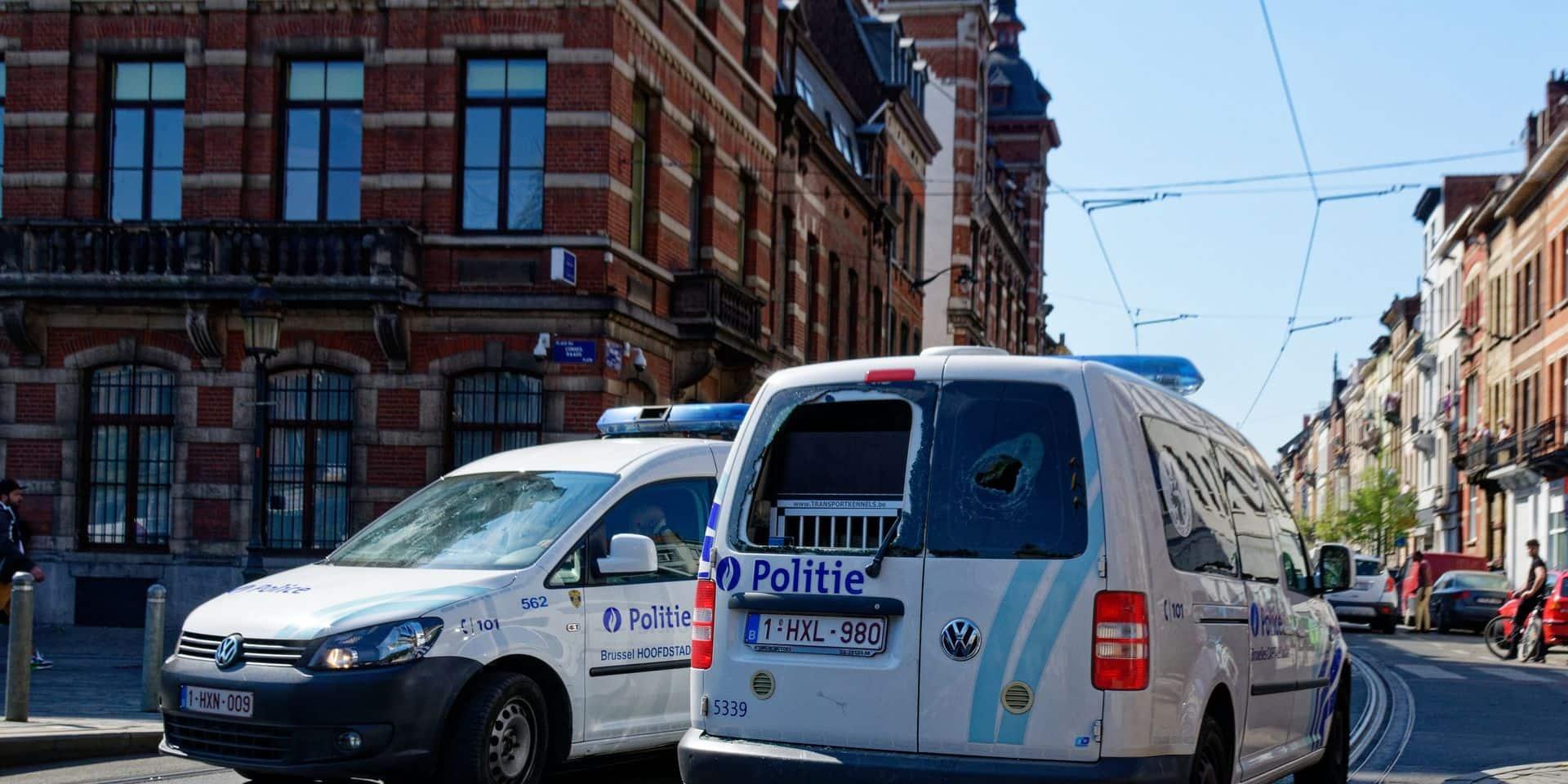 Selon le parquet, la version de la police et celle des suspects ne concorde pas après le contrôle Covid qui a mal tourné à Ixelles