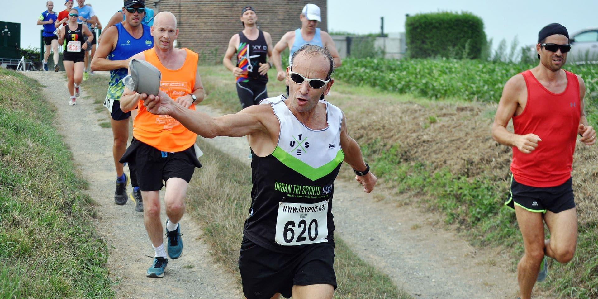 """1500 courses pour Marc Vanderlinden: """"Trente ans que j'ai le virus de la course à pied"""""""