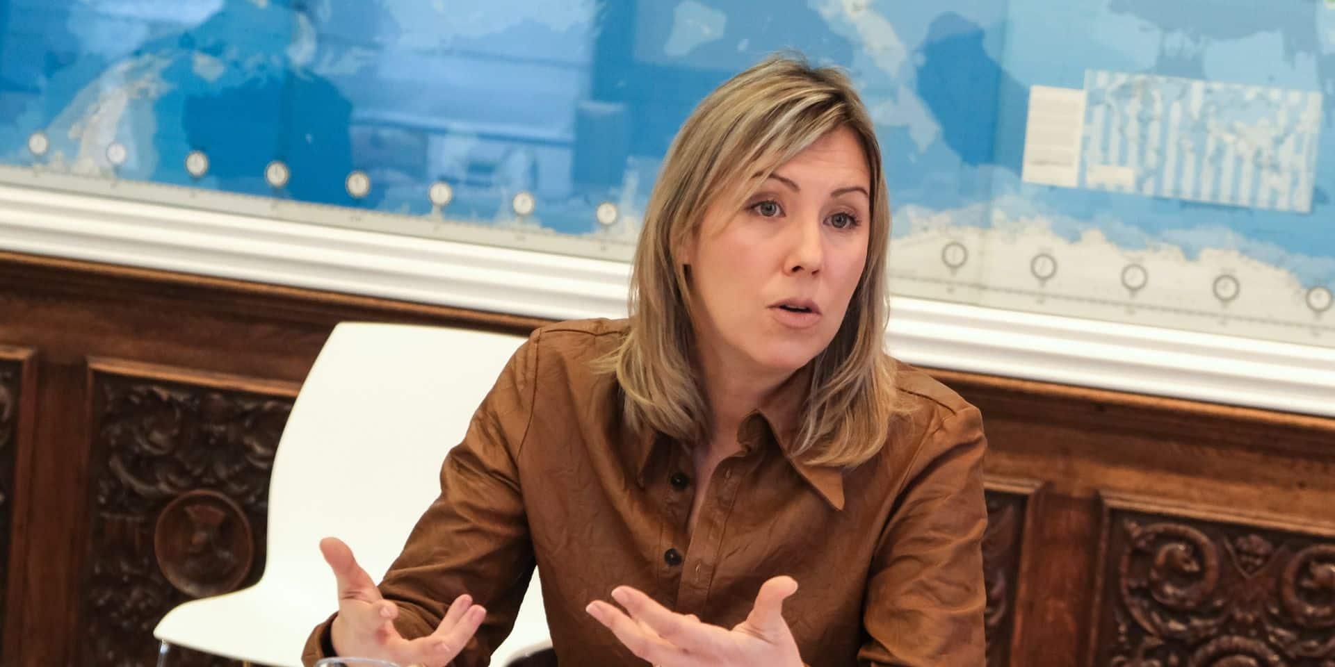 Ludivine Dedonder favorable à la vaccination accélérée pour les militaires envoyés à l'étranger