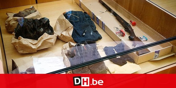 20150318 - NIVELLES, BELGIUM: Pieces of evidence pictured at the jury composition for the assize trial of Claudine Vannimmen and Walter Van Roy before the Assize Court of Brussels Capital in Nivelles, Wednesday 18 March 2015. The two are accused of the murder on Luc Van Roy, respectively the husband and father of the accused, in April 2013. BELGA PHOTO VIRGINIE LEFOUR