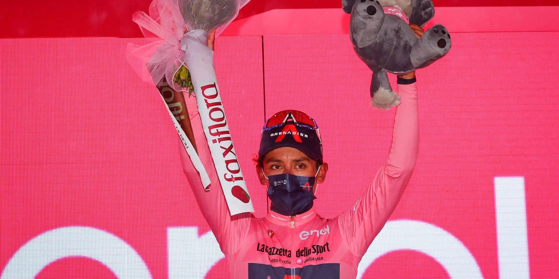 Bernal a frappé un grand coup au Giro mais Remco reste en embuscade