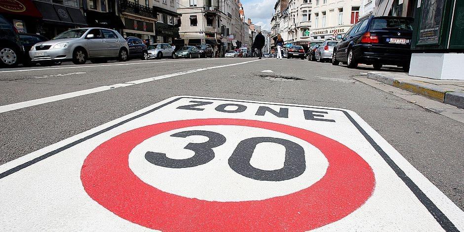 """Pari réussi dans la capitale ? """"La zone 30 a un effet durable à Bruxelles"""""""