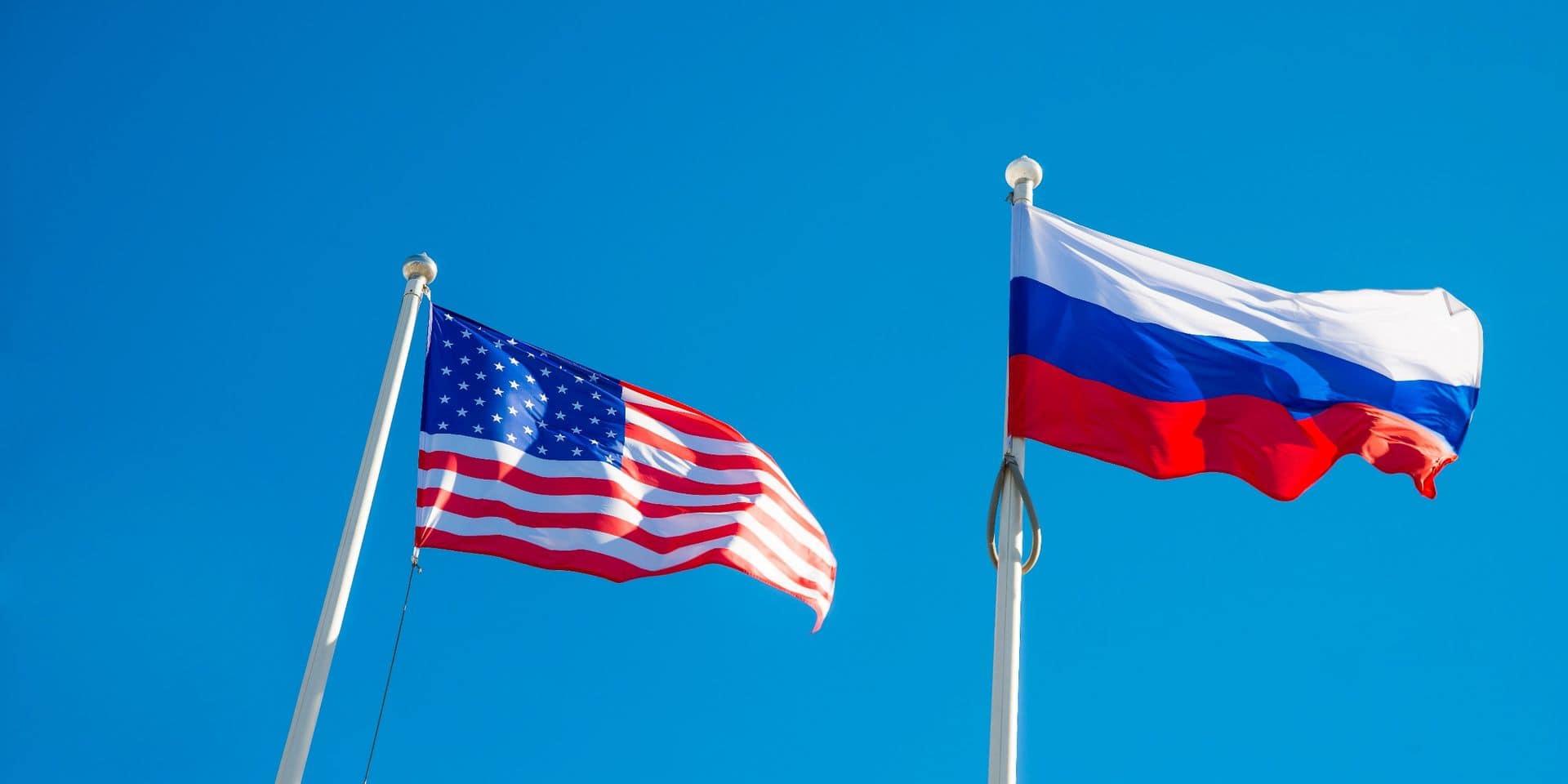 """Après que Biden a qualifié Poutine de """"tueur"""", les relations russo-américaines sont tendues: l'ambassadeur russe quittera Washington samedi"""