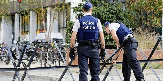 Policiers portés pâles: la menace du médecin-contrôle - La DH