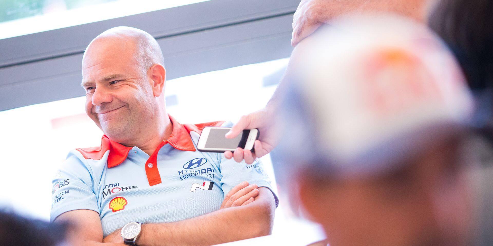 """WRC Allemagne: Andrea Adamo (Hyundai): """"J'ai un un contact avec Ott Tanak, mais je ne lui ai pas donné de bisous sur la bouche"""""""