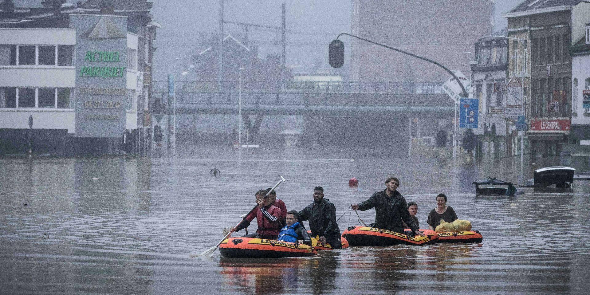 Liège: plusieurs routes et accès sont fermés jusqu'à vendredi 7h au moins