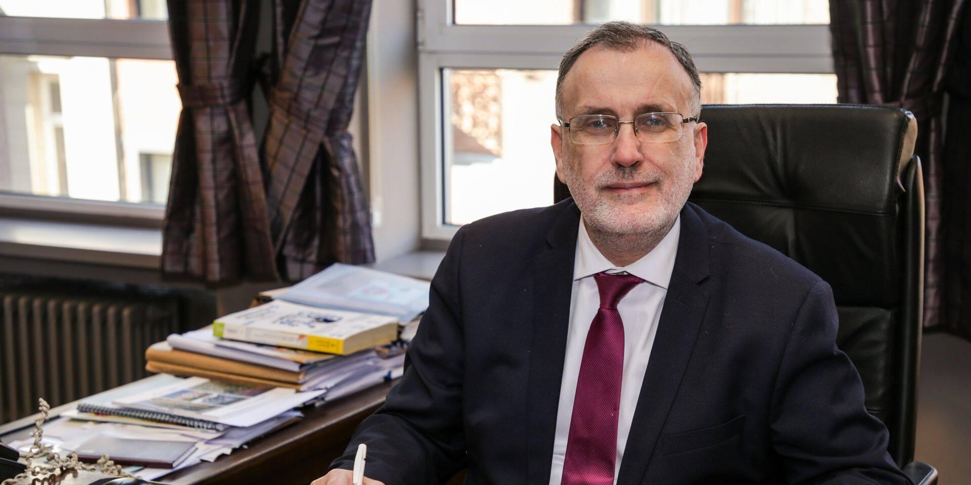 Uccle : Marc Cools veut réduire le nombre d'ASBL communales