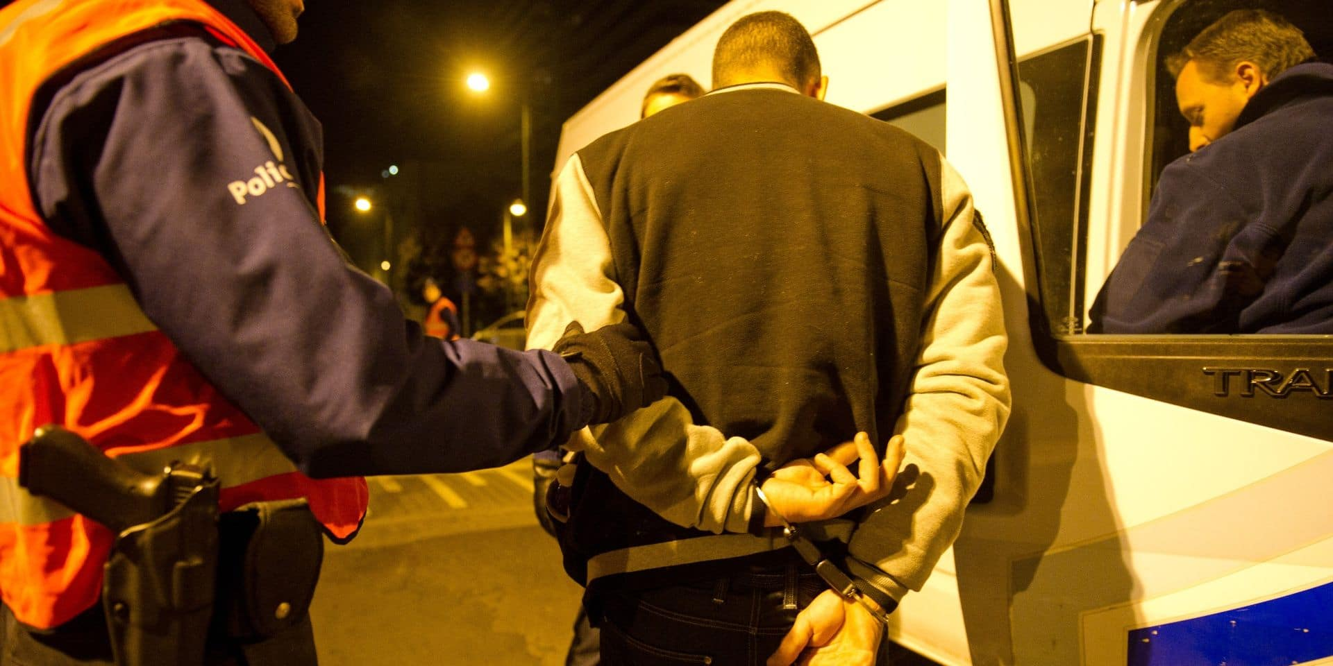 Huy : armé, il s'en prend à la police... et fait vivre un enfer à son voisin handicapé !