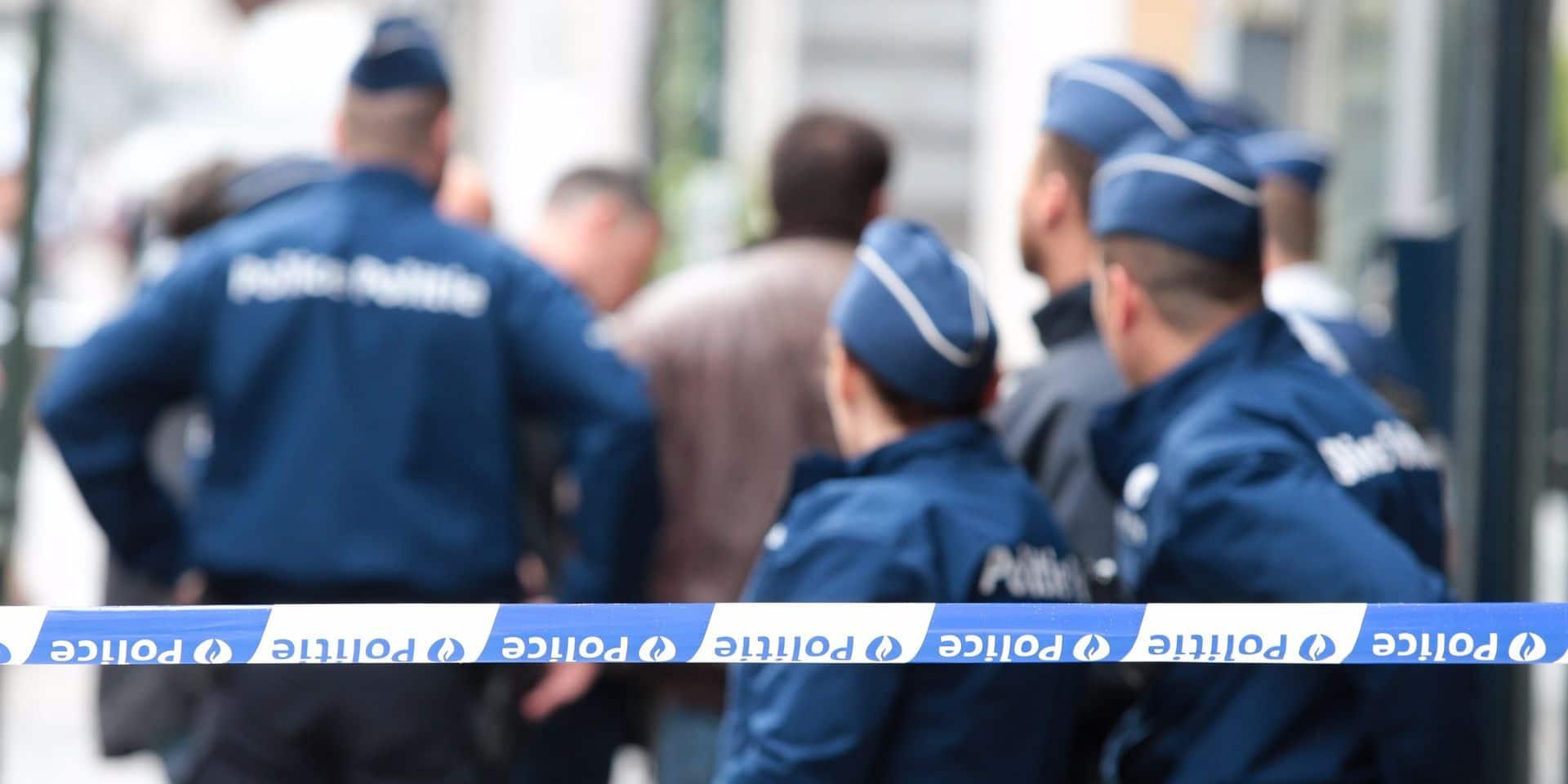 La Louvière : Des ossements retrouvés dans un puits le long du canal