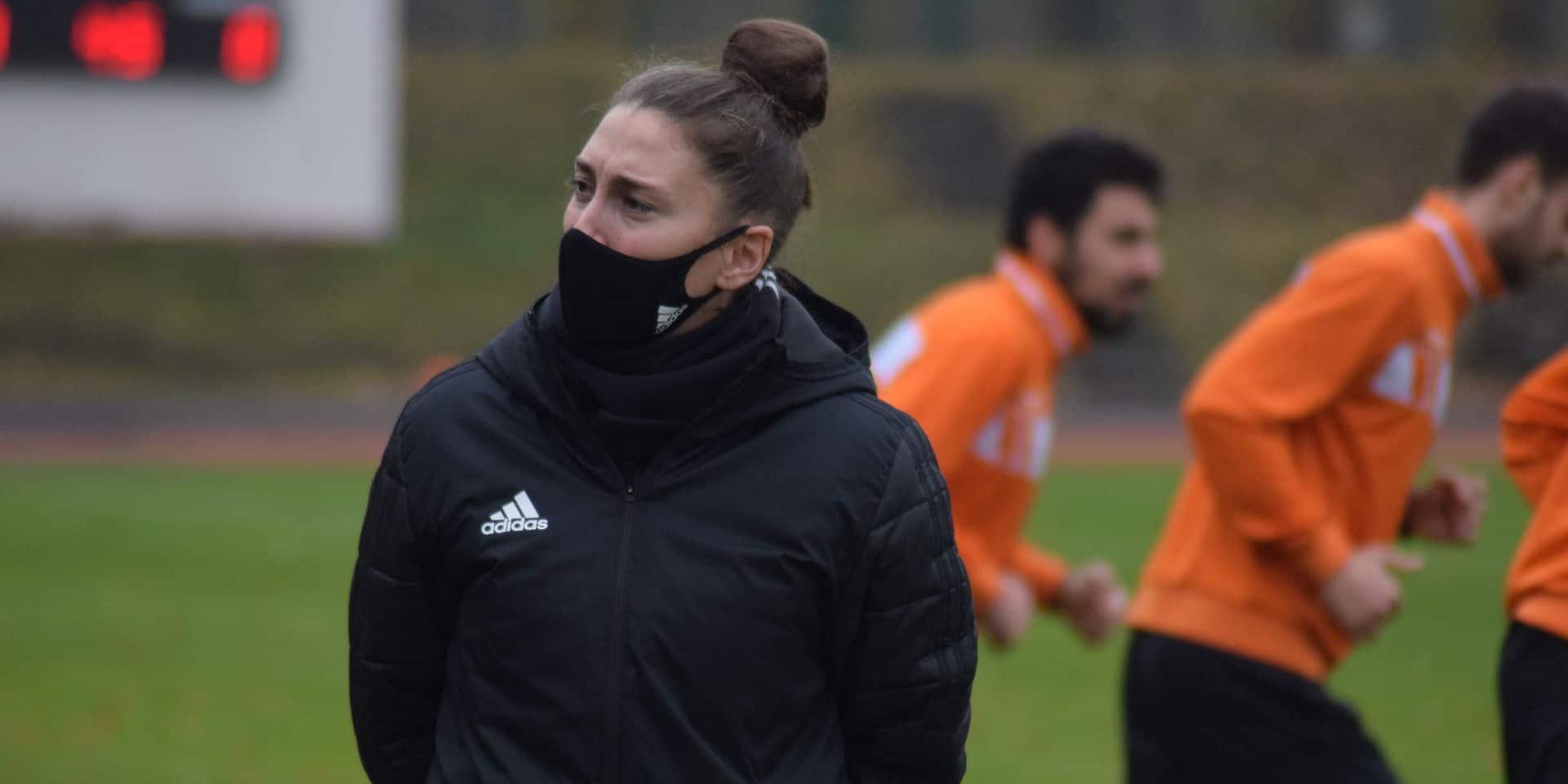 """Audrey Demoustier, entraîneure du White Star: """"Il faut professionnaliser le foot féminin"""""""