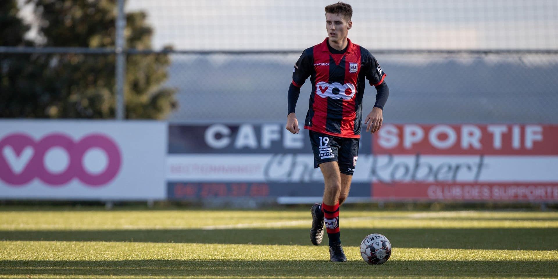"""Jordan Bustin veut grandir avec le RFC Liège: """"Je n'ai pas l'expérience d'un vieux briscard"""""""