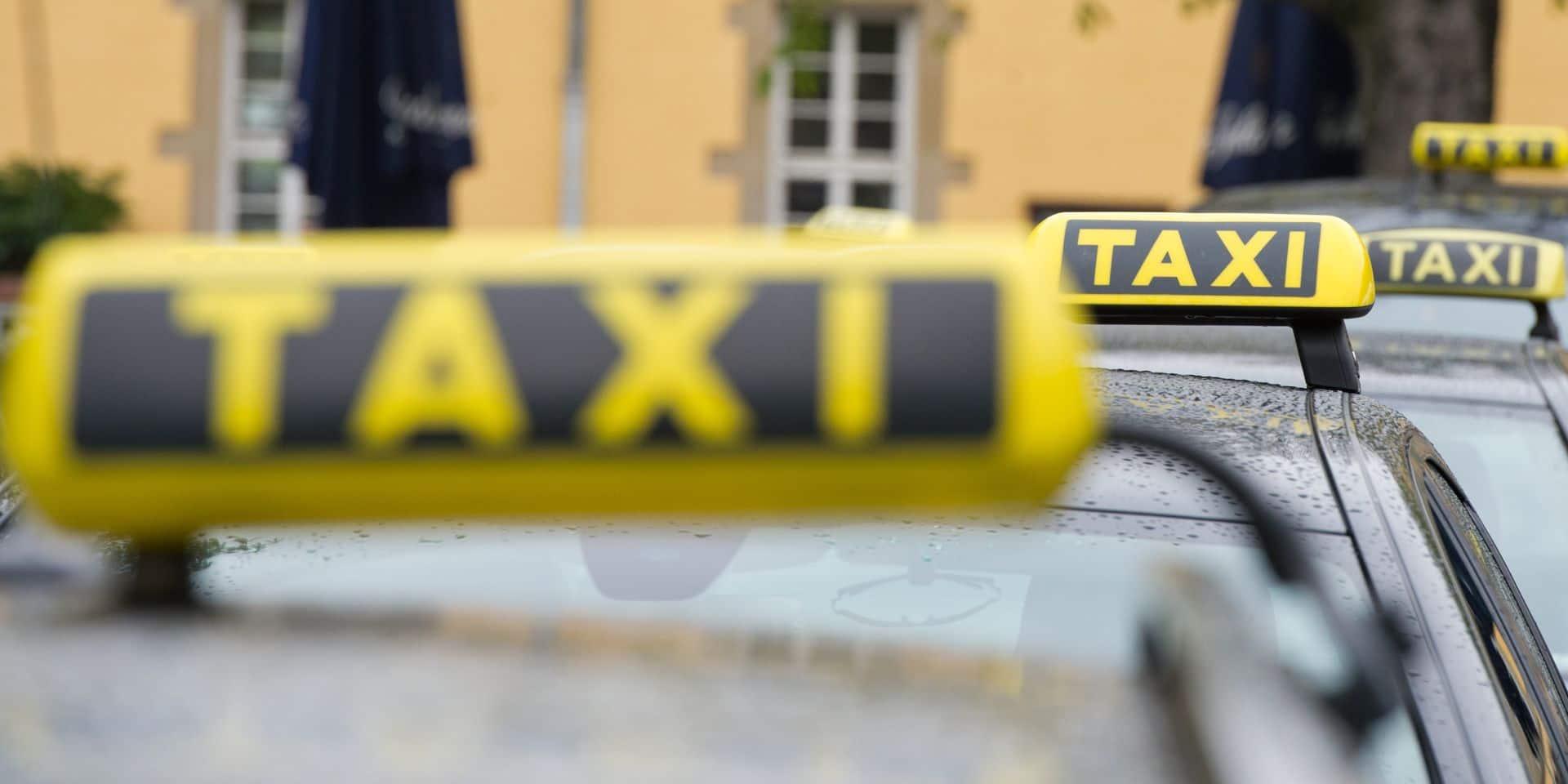 Succès croissant des chèques-taxi à moitié prix pour les moins de 30 ans en Wallonie