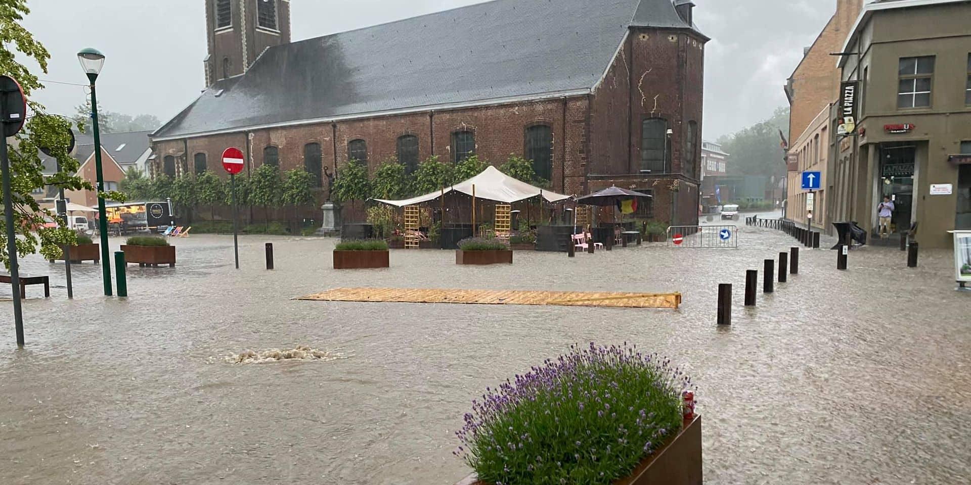 """Rhode-Sainte-Genèse complètement sous eaux hier soir : """"c'est du jamais vu !"""""""
