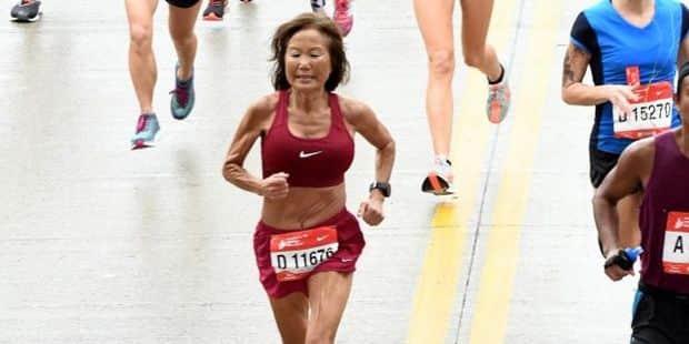 Jeannie Rice (71 ans) boucle un semi-marathon en 1h37:01 et bat le record du monde des plus de 70 ans
